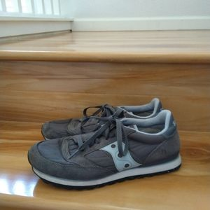 Saucony grey sneakers shoes size 9.5